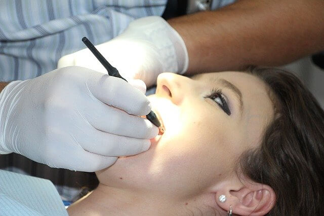 jadwal dokter gigi rsab harapan kita