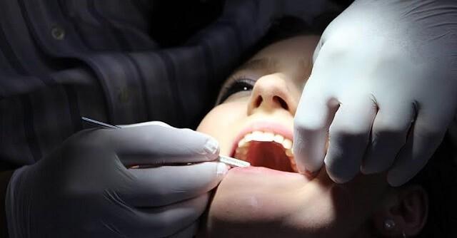 dokter gigi di sidoarjo