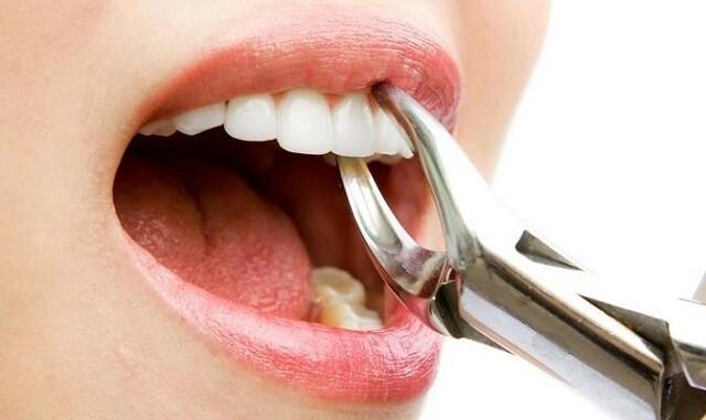 ilustrasi dokter gigi di ungaran